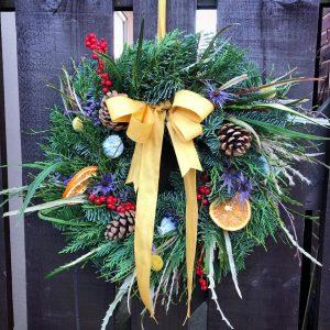 Natural Delights Christmas Door Floral Wreath